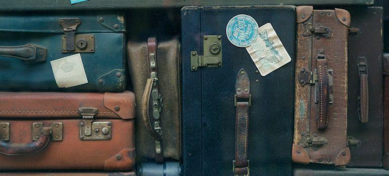 Different antique and rustic suitcases